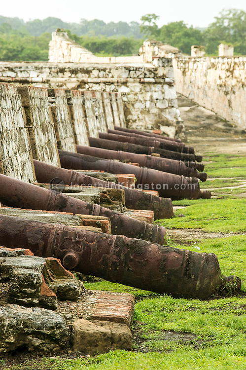A line of Spanish cannons in Fort San Jeronimo, Portobelo, Panama.
