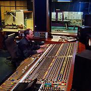 E-Sound Pampuslaan 67 Weesp, geluids, opname studio, regelpaneel, analoog