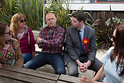 @Licensed to London News Pictures 24/04/2015. Broadstairs, Kent. Actor Ross Kemp goes on a walkabout today 24/04/15 with prospective Labour candidate Will Scobie for Thanet South.Photo credit: Manu Palomeque/LNP
