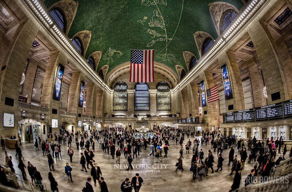After returning to Grand Central Station from White Plains NY where I got on the helicopter, I nabbed this photo of Grand Central's interior.
