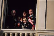 National day, the Prince family at the balcony of Palace of Monaco   La famille princiere au balcon du Palais pour la Fete nationnale le 11 novembre  R12/159    L1540  /  P0003949