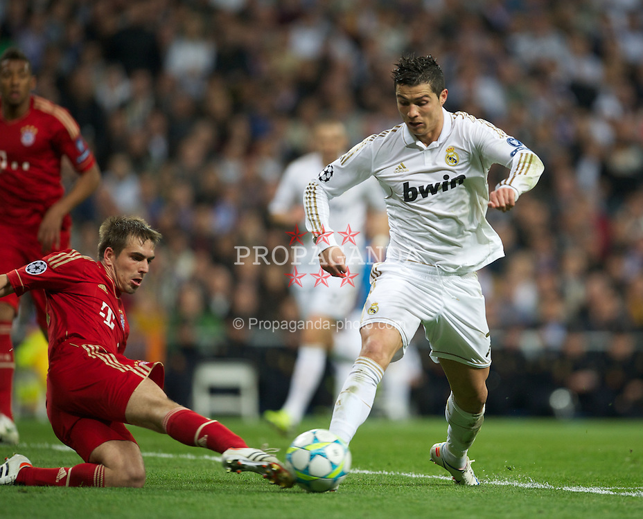 MADRID, SPAIN - Wednesday, April 25, 2012: Real Madrid's Cristiano Ronaldo in action against FC Bayern Munchen during the UEFA Champions League Semi-Final 2nd Leg match at the Estadio Santiago Bernabeu. (Pic by David Rawcliffe/Propaganda)