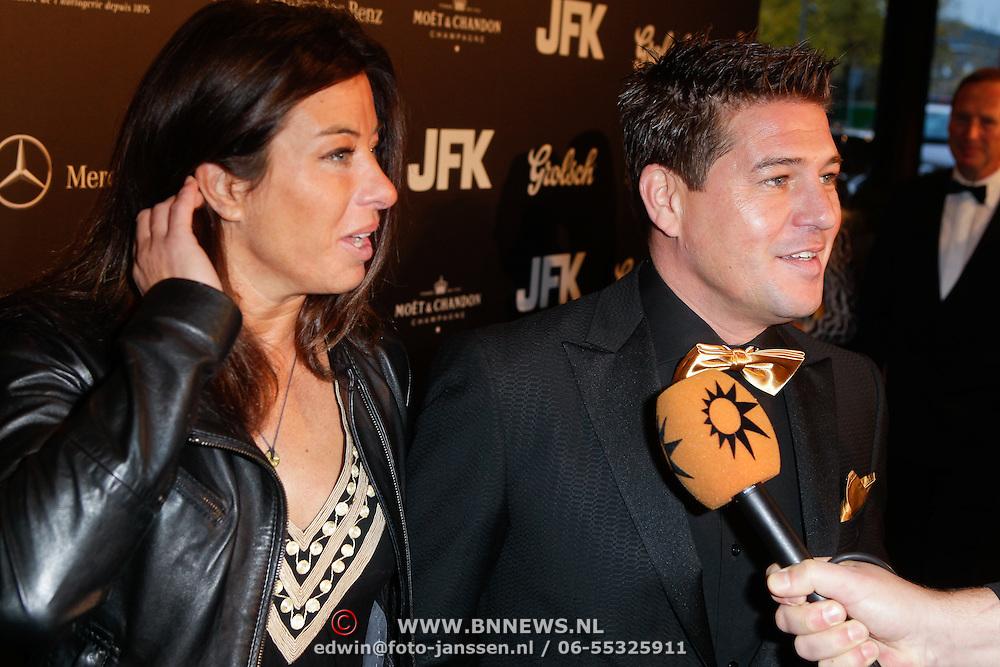 NLD/Amsterdam/20111029- JFK Greatest Man Award 2011, Amanda Krabbe - Beekman en partner Martijn Krabbe
