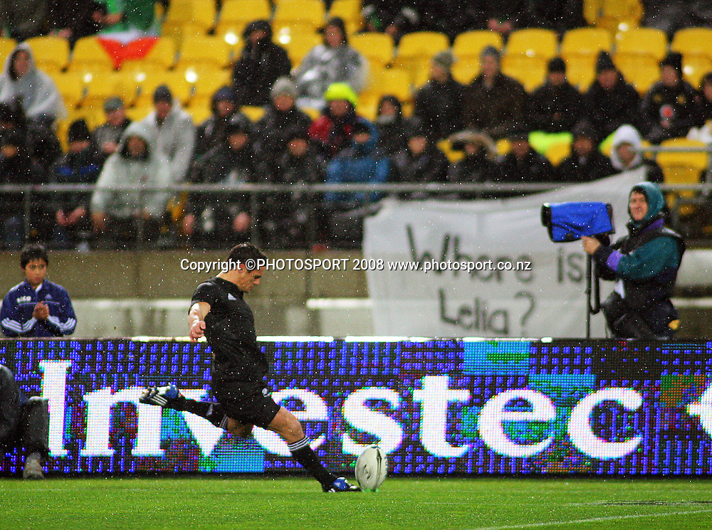 Dan Carter takes a conversion attempt in front of a depleted stand.<br /> International Test Match - All Blacks v Ireland, Westpac Stadium, Wellington. Saturday 7 June 2008. Photo: Dave Lintott/PHOTOSPORT