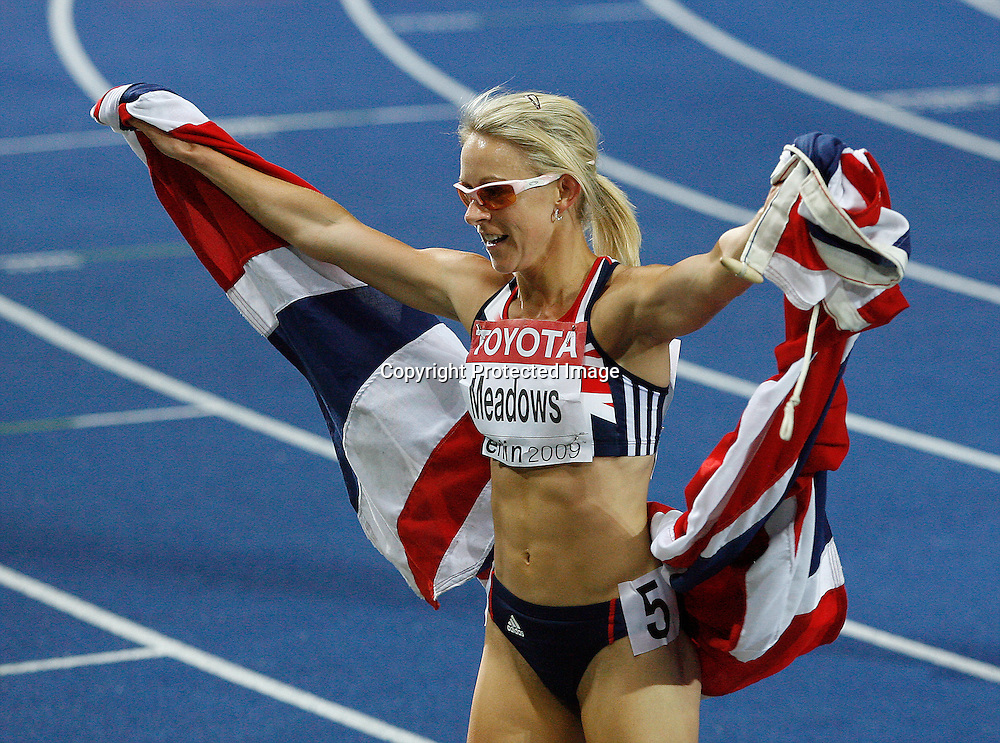 Jennifer Meadows of Britain celebrates after winning the third place in the women's 800 metres final during the 12th IAAF Athletic World Championships at the Olympic Stadium in Berlin, Germany, 19 August 2009. Photo: Piotr Hawalej / WROFOTO / PHOTOSPORT