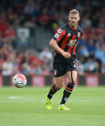 Simon Francis of Bournemouth - Mandatory byline: Alex James/JMP - 07966386802 - 29/08/2015 - FOOTBALL - Dean Court -Bournemouth,England - AFC Bournemouth v Leicester City - Barclays Premier League