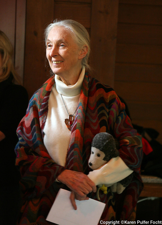 21 March 09 : World renowned primatologist Dr. Jane Goodall  spoke at the Memphis Zoo about her work with chimpanzees in the wild in Africa. She also was promoting Roots & Shoots, the global youth program of the Jane Goodall Institute that teaches kids they have the power to make a difference. Born April 3, 1934 she will be 75 next month. She also signed books...