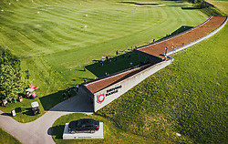 THEMENBILD - Driving Range am Golfplatz. Der 18-Loch-Championshipplatz mit überdachter Drivingrange für PROS und Anfänger, aufgenommen am 06. Juni 2019 in Uderns Oesterreich // Driving Range am Golfplatz. the 18-hole championship course with covered driving range for PROS and beginners, in Uderns, Austria on 2019/06/06. EXPA Pictures © 2019, PhotoCredit: EXPA/ JFK