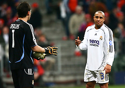 Munich, Germany - Wednesday, March 7, 2007: Real Madrid's goalkeeper Casillas and Roberto Carlos look dejected as they are knocked out by Bayern Munich during the UEFA Champions League First Knock-out Round 2nd Leg at the Allianz Arena. (Pic by Christian Kolb/Propaganda/Hochzwei) +++UK SALES ONLY+++