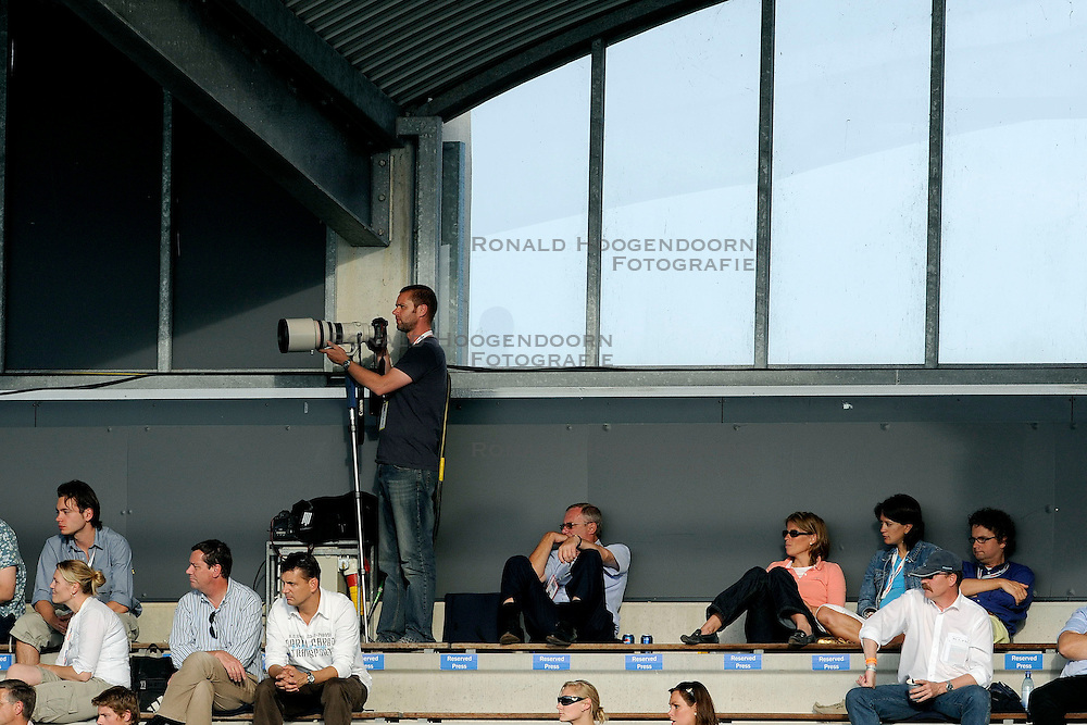 24-06-2008 HOCKEY: CHAMPIONS TROPHY: ARGENTINIE - NEDERLAND: ROTTERDAM<br /> Nederland verliest in de laatste seconden met 1-0 / Fotograaf Olaf Kraak tribune anp media pers<br /> &copy;2008-WWW.FOTOHOOGENDOORN.NL