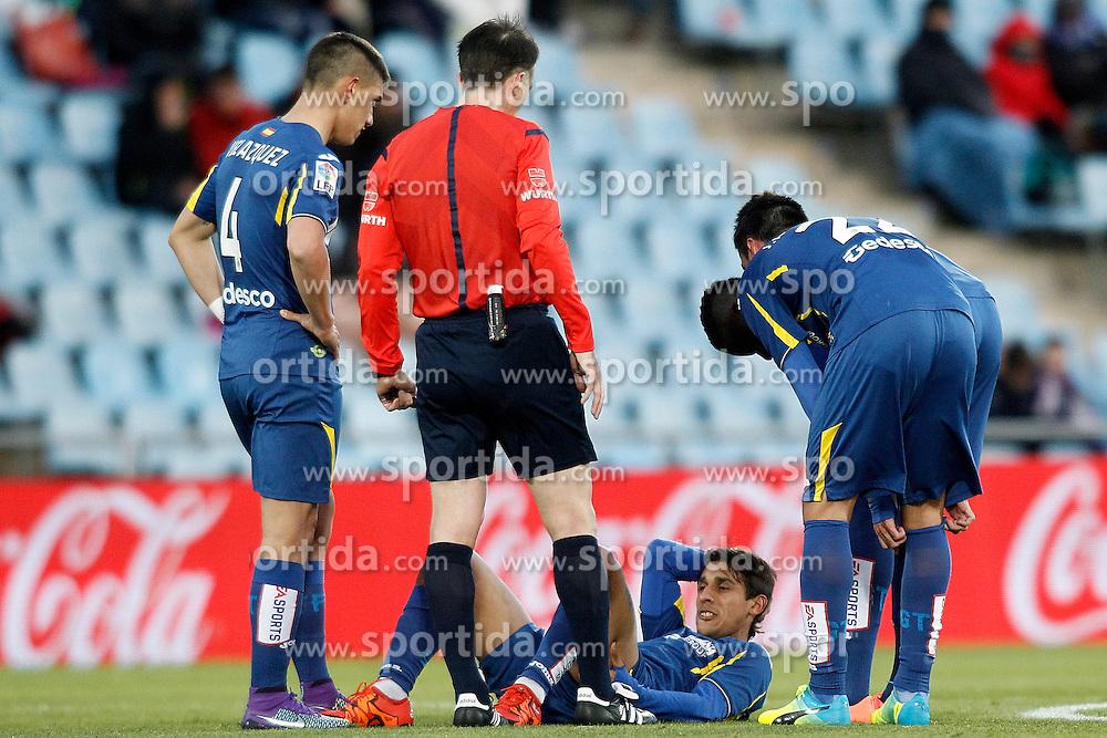 27.02.2016, Estadio Balaidos, Vigo, ESP, Primera Division, Getafe CF vs RC Celta, 26. Runde, im Bild Getafe's Damian Suarez injured // during the Spanish Primera Division 26th round match between Getafe CF and RC Celta at the Estadio Balaidos in Vigo, Spain on 2016/02/27. EXPA Pictures &copy; 2016, PhotoCredit: EXPA/ Alterphotos/ Acero<br /> <br /> *****ATTENTION - OUT of ESP, SUI*****