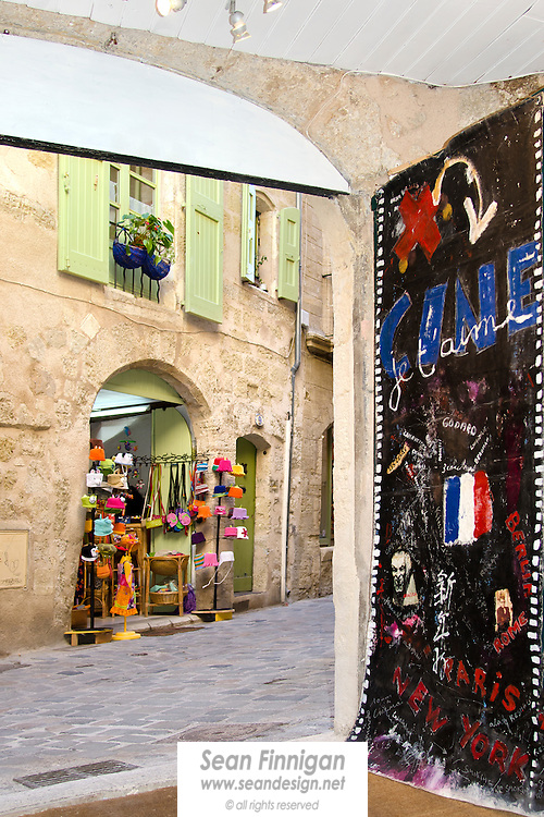 Art and culture are still the main attractions in the beautifully preserved medieval city of Pézenas, once the home the famous playwright Molière.