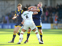 Ryan Bower (c) of Worcester Warriors is challenged by Poutasi Luafutu of Brive - Mandatory by-line: Dougie Allward/JMP - 22/10/2016 - RUGBY - Sixways Stadium - Worcester, England - Worcester Warriors v Brive - European Challenge Cup