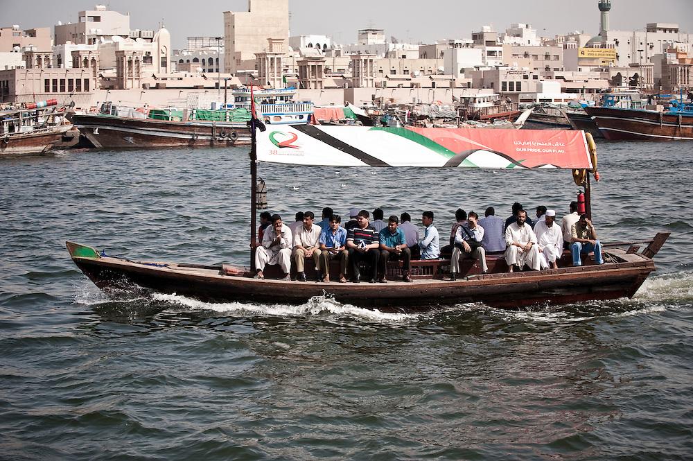 An abra crossing the Dubai creek, Dubai, UAE Archive of images of Dubai by Dubai photographer Siddharth Siva