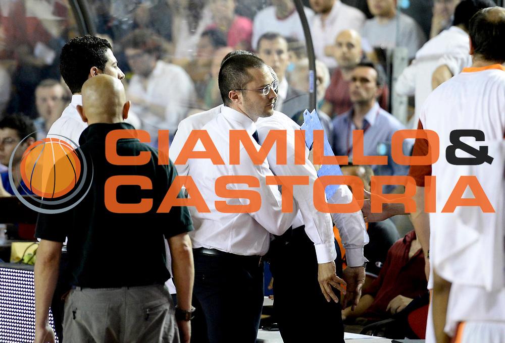 DESCRIZIONE : Roma Lega A 2012-13 Acea Virtus Roma Montepaschi Siena Finale Gara 6<br /> GIOCATORE : Massimo Mafezzoli Marco Calvani<br /> CATEGORIA : deulsione<br /> SQUADRA : Acea Virtus Roma<br /> EVENTO : Campionato Lega A 2012-2013 Play Off Finale Gara 6<br /> GARA : Acea Virtus Roma Montepaschi Siena Finale Gara 6<br /> DATA : 19/06/2013<br /> SPORT : Pallacanestro <br /> AUTORE : Agenzia Ciamillo-Castoria/N. Dalla Mura<br /> Galleria : Lega Basket A 2012-2013 <br /> Fotonotizia : Roma Lega A 2012-13 Acea Virtus Roma Montepaschi Siena Finale Gara 6
