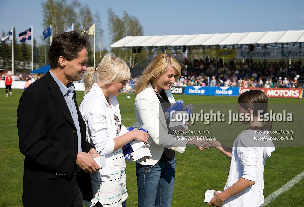 Suomi - Islanti. Naisten maaottelu. Espoo 4.5.2008. Photo: Jussi Eskola
