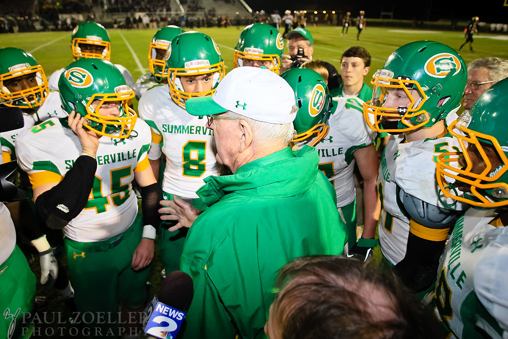 Summerville coach John McKissick take a final timeout to talk with his team Friday, Oct. 26, 2012 at Ashley Ridge High School in Summerville. Paul Zoeller/Special to the Post and Courier