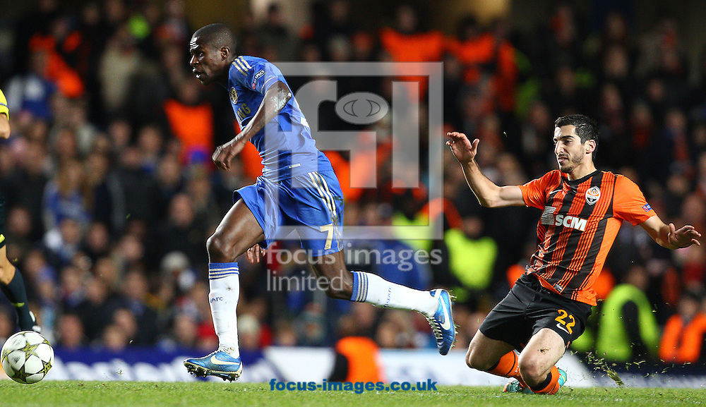 Picture by Paul Terry/Focus Images Ltd +44 7545 642257.07/11/2012.Ramires of Chelsea breaks away from Henrik Mkhitaryan of Shakhtar Donetsk during the UEFA Champions League match at Stamford Bridge, London.