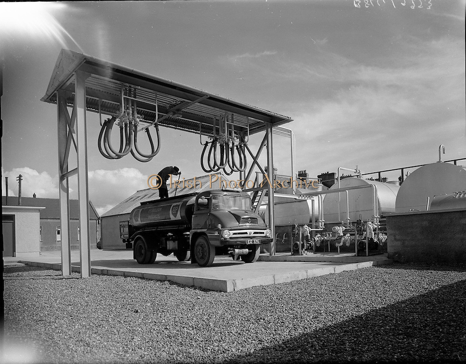 New Shell Depot at Ballina, Co. Mayo..27.04.1961