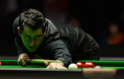 21.02.2016. Cardiff Arena, Cardiff, Wales. Bet Victor Welsh Open Snooker. Ronnie O'Sullivan versus Neil Robertson. Ronnie O'Sullivan pots a red.