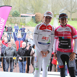 Stage winner ina Yoko Teutenberg and youth classement Amy Pieters