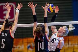 05-04-2017 NED:  CEV U18 Europees Kampioenschap vrouwen dag 4, Arnhem<br /> Nederland - Turkije 3-1 / Nederland doet zeer goede zaken en kan zich met winst op Itali&euml; zeker stellen van een halve finaleplaats - Hester Jasper #6