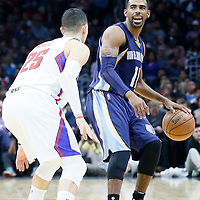09 November 2015: Memphis Grizzlies guard Mike Conley (11) brings the ball up court during the Los Angeles Clippers 94-92 victory over the Memphis Grizzlies, at the Staples Center, in Los Angeles, California, USA.