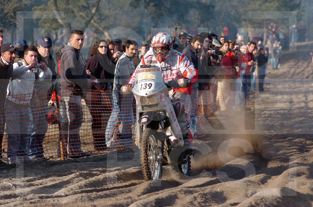 Le Dakar 2007..no: 139  VAN DORP BRAM  KTM  HOL..fotografie frank uijlenbroek©2006 frank uijlenbroek..Lissabon/Portimao....070107 Lissabon/Portima