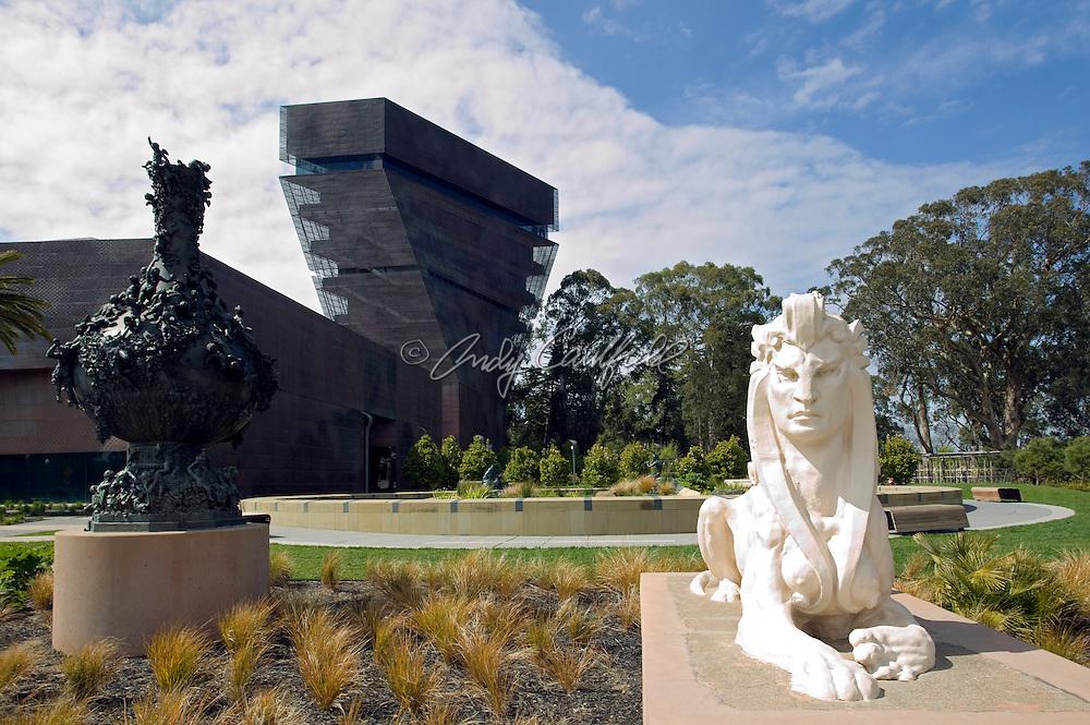 The de Young Museum (new 2005), Golden Gate Park, San Francisco, CA..Designed by Herzog & de Meuron (Swiss) and Fong & Chan-SF, Architects.