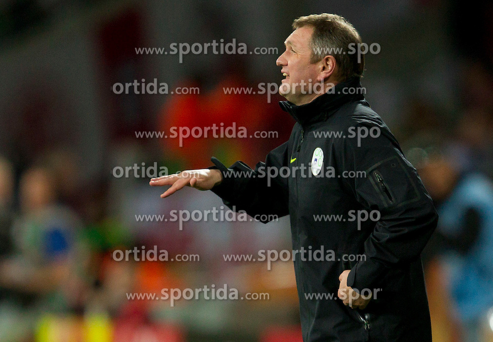 Head coach of Slovenia Matjaz Kek during the 2010 FIFA World Cup South Africa Group C Third Round match between Slovenia and England on June 23, 2010 at Nelson Mandela Bay Stadium, Port Elizabeth, South Africa.  (Photo by Vid Ponikvar / Sportida)