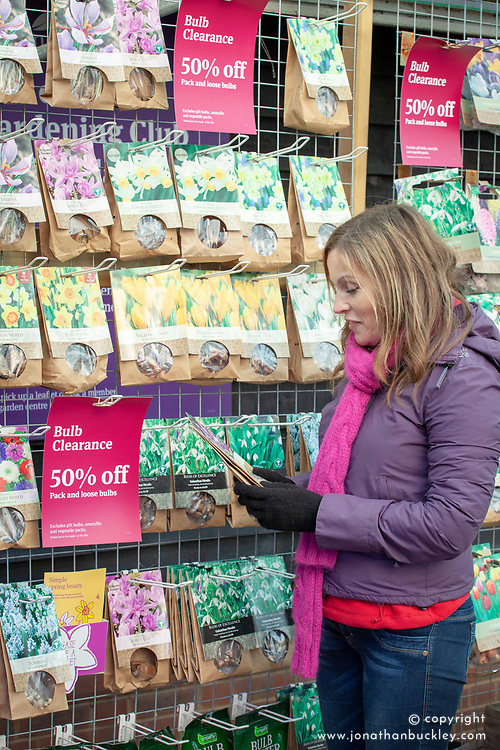 Buying tulip bulbs in a garden centre when they have been reduced in price