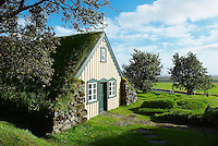 Islande. Ancienne eglise de Hof.  // Iceland. Hof old Church.