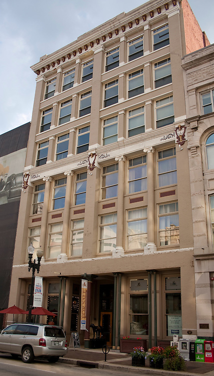 The Phoenix Building in downtown Knoxville, Tennessee was originally a four story building with two floors added in 1900.  The building was home to Fowler's Furniture until 1987 and sat unused until the currently renovation began in 1999. It's now a mixed used commercial/residential building.