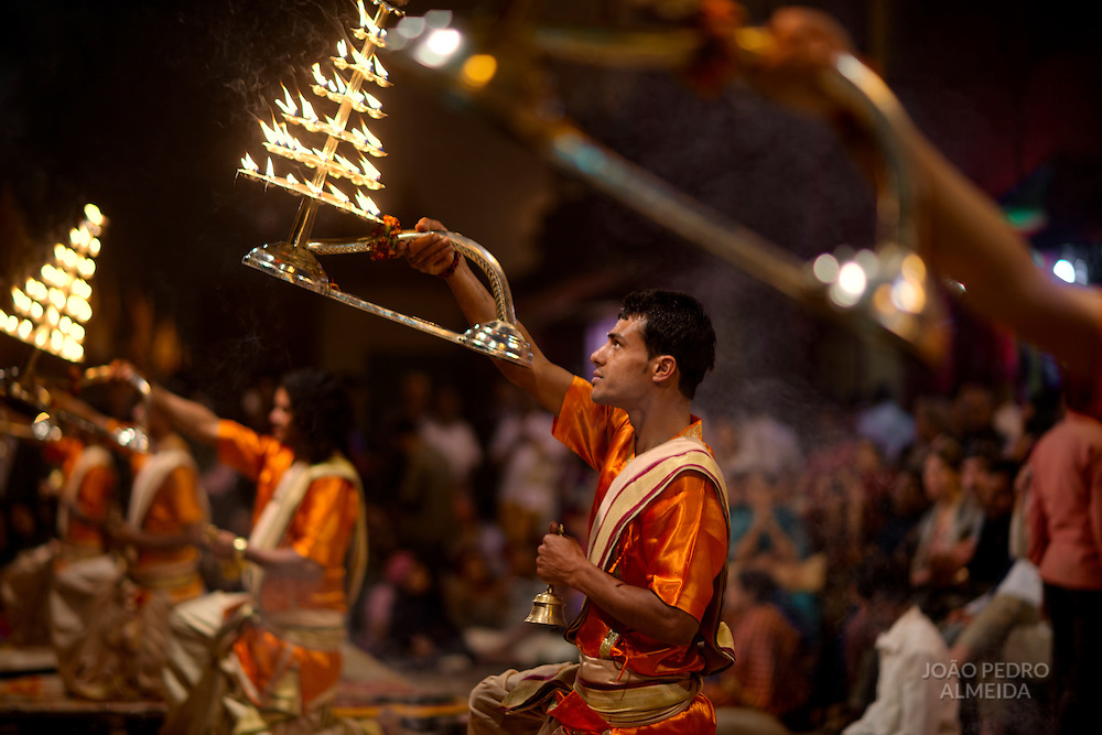 Ganga Aarti takes place everyday at dusk at Dashashwamedh Ghat