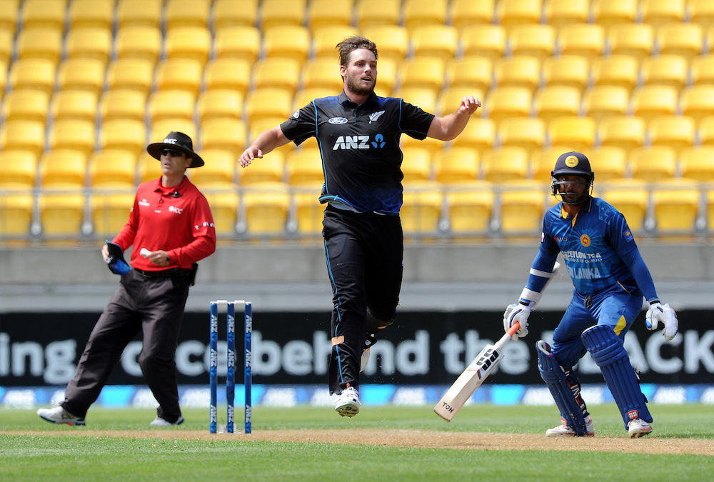 New Zealand's Mitchell McClenaghan reacts while bowling against Sri Lanka in the 7th One Day International cricket match at Westpac Stadium, New Zealand, Sunday, January 29, 2015. Credit:SNPA / Ross Setford