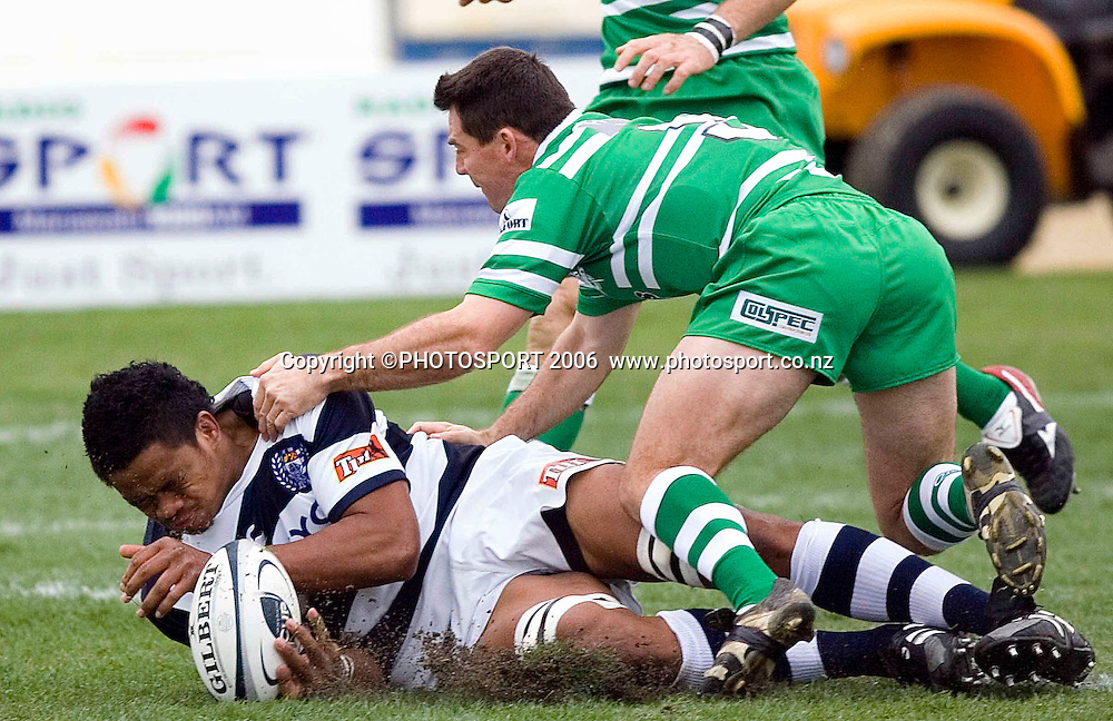 Joe Tekori scores a try during the Air New Zealand Cup week 1 rugby match between Manawatu and Auckland at FMG Stadium, Palmerston North, on Saturday 29 July 2006. Auckland won 41-10. Photo: Aaron Smale/PHOTOSPORT<br /> <br /> <br /> 290706 npc nz union