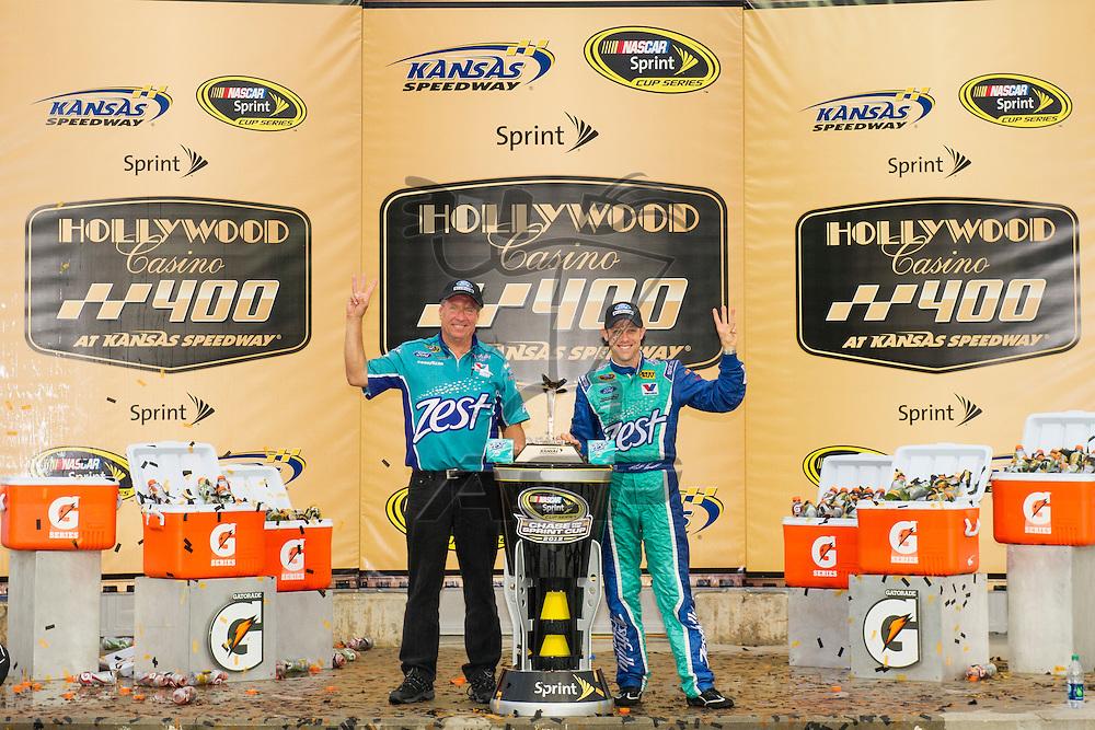 Kansas City, KS - OCT 21, 2012:  Matt Kenseth (17) wins the Hollywood Casino 400 at Kansas Speedway in Kansas City, KS.