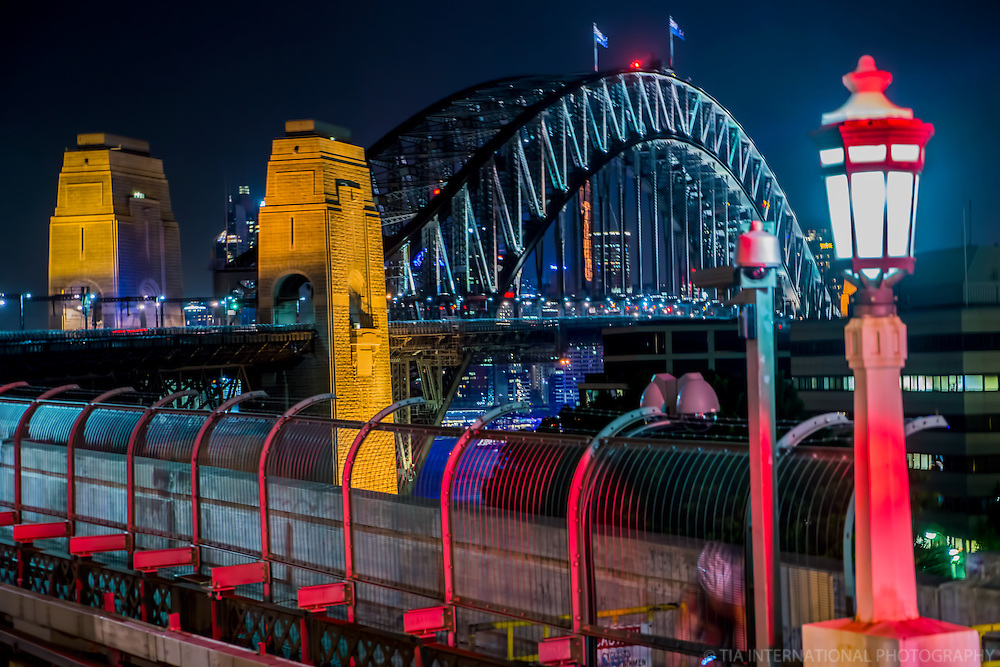 Harbour Bridge from Milsons Point Station
