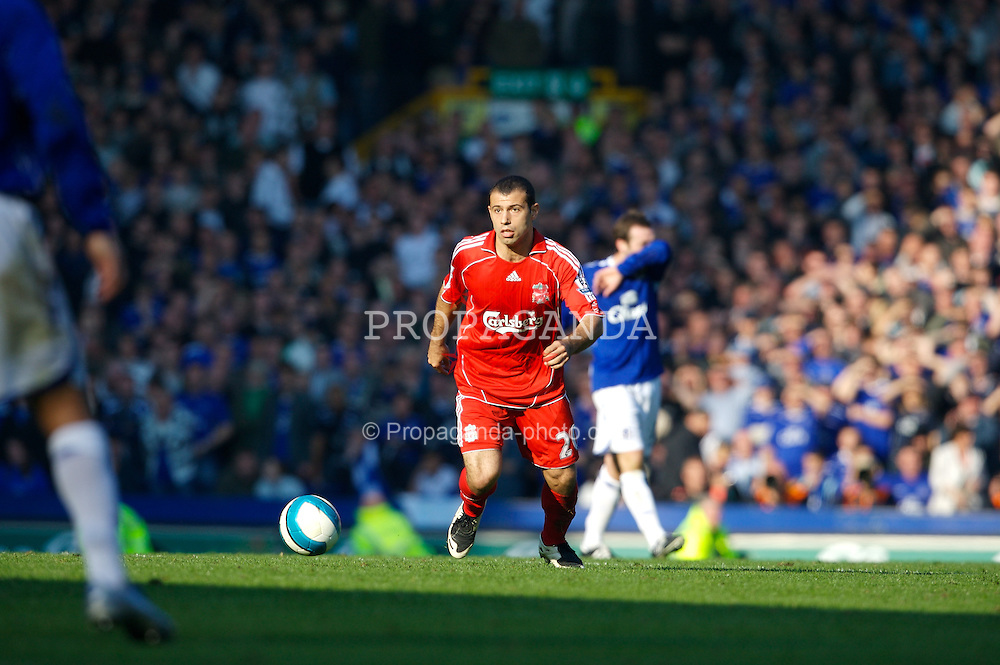 Liverpool, England - Saturday, October 20, 2007: Liverpool's Javier Mascherano in action against Everton during the 206th Merseyside Derby match at Goodison Park. (Photo by David Rawcliffe/Propaganda)
