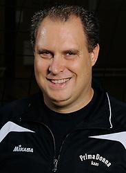 10-10-2012 VOLLEYBAL: PRIMA DONNA KAAS VROUWEN 1: HUIZEN<br /> 1e divisie B PDK Huizen seizoen 2012-2013 / Manager John van der Laan de Vries<br /> ©2012-FotoHoogendoorn.nl