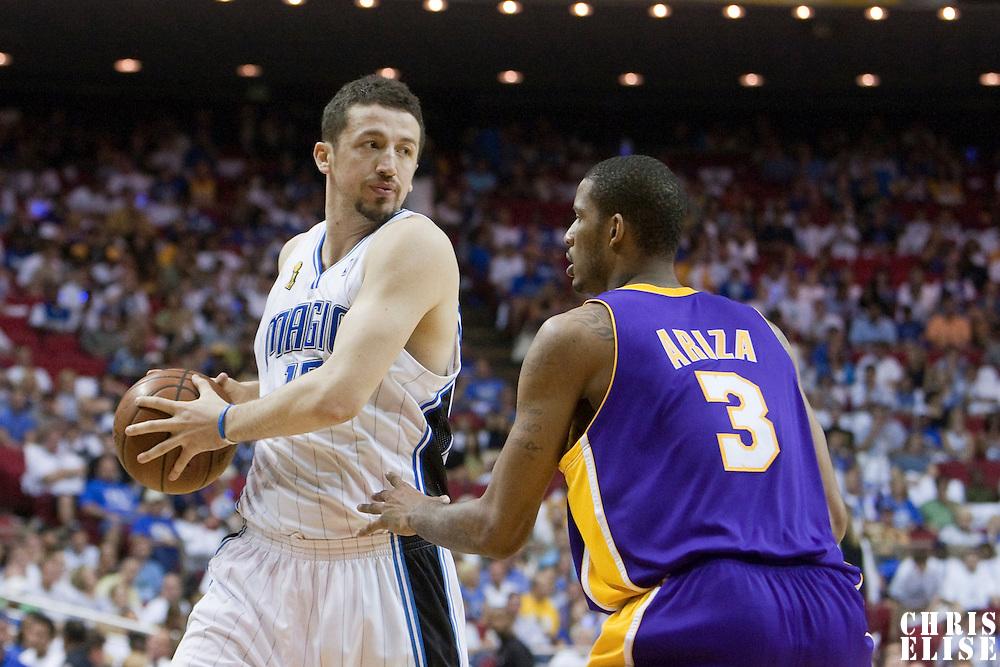 BASKET BALL - FINALS NBA 2008/2009 - LOS ANGELES LAKERS V ORLANDO MAGIC - GAME 5 -  ORLANDO (USA) - 14/06/2009 - .HEDO TURKOGLU (ORLANDO MAGIC), TREVOR ARIZA (LOS ANGELES LAKERS)