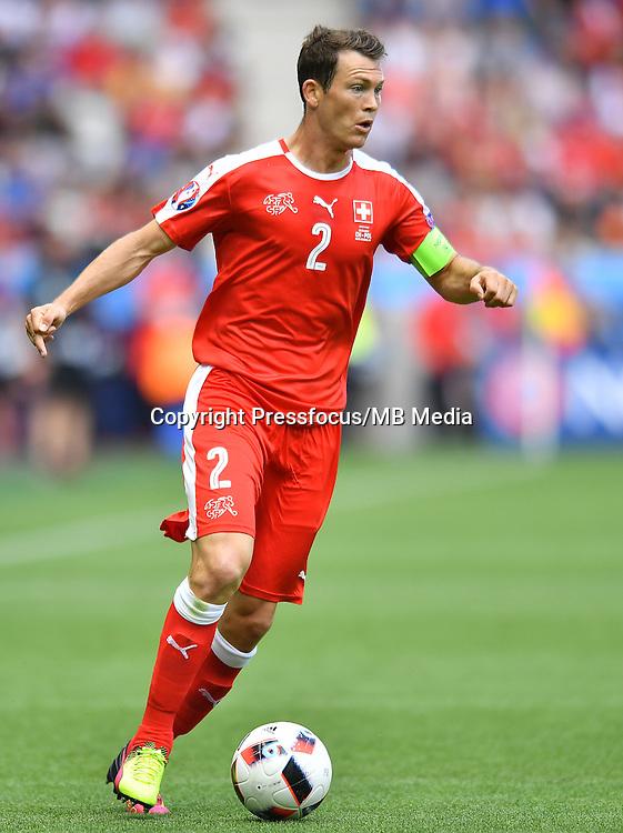 2016.06.25 Saint-Etienne<br /> Pilka nozna Euro 2016<br /> mecz 1/8 finalu Szwajcaria - Polska<br /> N/z Stephan Lichtsteiner<br /> Foto Lukasz Laskowski / PressFocus<br /> <br /> 2016.06.25<br /> Football UEFA Euro 2016 <br /> Round of 16 game between Switzerland and Poland<br /> Stephan Lichtsteiner<br /> Credit: Lukasz Laskowski / PressFocus