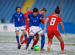 CESENA, ITALY - Tuesday, January 22, 2019: Wales' Gemma Evans and Italy's Ilaria Mauro during the International Friendly between Italy and Wales at the Stadio Dino Manuzzi. (Pic by David Rawcliffe/Propaganda)