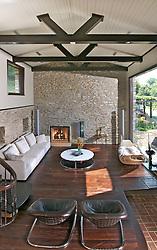 13661 Wilt Store Rd., Leesburg, VA stone house Living room