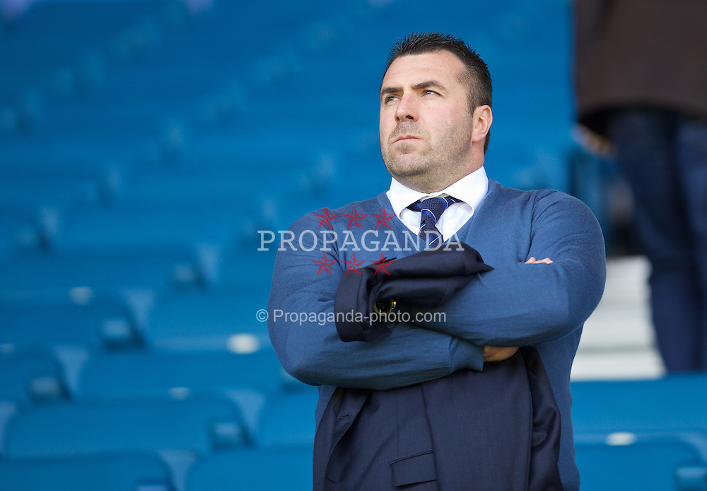 LIVERPOOL, ENGLAND - Sunday, April 26, 2015: Everton's David Unsworth before the Premier League match against Manchester United at Goodison Park. (Pic by David Rawcliffe/Propaganda)