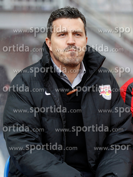 12.03.2016, Lavanttal Arena, Wolfsberg, AUT, 1. FBL, RZ Pellets WAC vs FC Red Bull Salzburg, 27. Runde, im Bild v.l. Trainer Oscar Garcia Junyent (FC Red Bull Salzburg) // during the Austrian Football Bundesliga 27th Round match between RZ Pellets WAC and FC Red Bull Salzburg at the Lavanttal Arena in Wolfsberg Austria on 2016/03/12, EXPA Pictures © 2016, PhotoCredit: EXPA/ Wolfgang Jannach