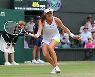 Wimbledon Championships 2012 AELTC,London,.ITF Grand Slam Tennis Tournament, Damen Semi Finale, Agnieszka Radwanska (POL), Aktion,Einzelbild,Ganzkoerper,Querformat,.