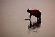 Collecting water near Gasororo village. Juru Sector. Bugesera district. Rwanda...© Zute Lightfoot / Water Aid