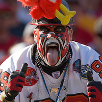 04 november 2007: A Buccaneers fan poses during the Tampa Bay Buccaneers 17-10 victory against the Arizona Cardinals at the Raymond James Stadium in Tampa, Florida, USA.