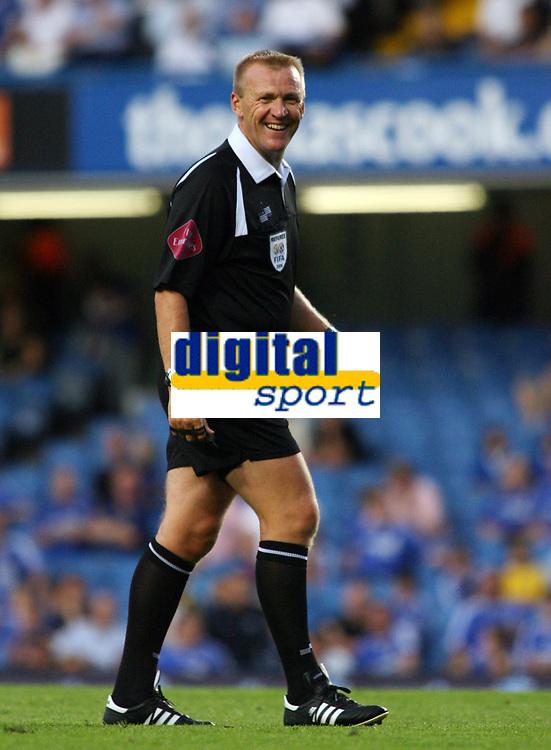 Photo: Chris Ratcliffe.<br /> Chelsea v Glasgow Celtic. Pre Season Friendly. 09/08/2006.<br /> Graham Poll is all smiles.